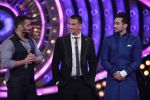 Salman with the final contenders at Bigg Boss Double Trouble Finale on 23rd Jan 2016