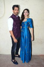 Harshvardhan Rane, Mawra Hocane at Sanam Teri Kasam promotions on 24th Jan 2016 (29)_56a5d164ec5b4.JPG