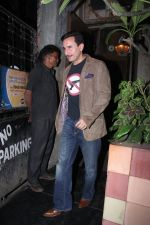Saif Ali Khan snapped on 25th Jan 2016 (6)_56a774f97905b.JPG