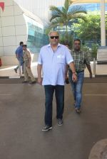 Boney Kapoor snapped at the airport on 26th Jan 2016