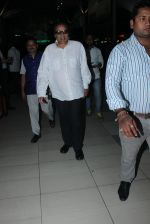 Dharmendra snapped at airport  on 27th Jan 2016