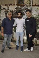 Raj Kumar Yadav, Karan Johar, Hansal mehta at Aligargh screening on 27th Jan 2016