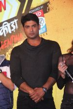 Siddharth Shukla at Khatron Ke Khiladi meet on 27th Jan 2016 (75)_56a9be22702fc.JPG