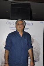 Hansal Mehta at the launch of film Aligargh on 28th Jan 2016 (3)_56ab10832a967.JPG