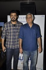 Hansal Mehta at the launch of film Aligargh on 28th Jan 2016 (5)_56ab10855cdb6.JPG