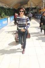 Prachi Desai snapped at airport  on 29th Jan 2016  (45)_56acb043e95d1.JPG