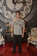 Renzil Denzongpa at French luxury brand Roche Bobois store in Mumbai on 29th Jan 2016