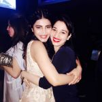Shruti Haasan hosted a private party on her birthday in Chennai for her family and friends on 30th Jan 2016 (5)_56acb2d0c7807.JPG