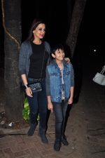 Sonali Bendre and son snapped in Mumbai on 31st Jan 2016 (3)_56af0ece11b08.JPG