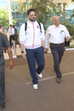 Abhishek Bachchan snapped at airport on 2nd Feb 2016