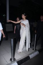 Deepika Padukone snapped as they return from Delhi on 2nd Feb 2016