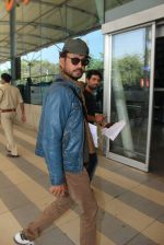 Irrfan Khan snapped at airport on 2nd Feb 2016