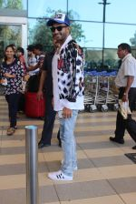 Ranveer Singh snapped at airport on 2nd Feb 2016