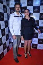 Esha Deol at Shamita Shetty_s bday bash hosted by Ruka on 3rd Feb 2016 (31)_56b30e15a71b7.JPG