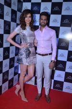 Karishma Tanna, Upen Patel at Shamita Shetty_s bday bash hosted by Ruka on 3rd Feb 2016 (38)_56b30e3b36a14.JPG