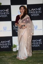 Kajol at Lakme fashion week press meet on 4th Feb 2016 (96)_56b4532109ec6.JPG