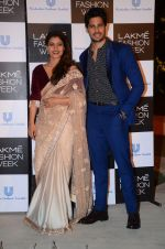 Kajol, Sidharth Malhotra at Lakme fashion week press meet on 4th Feb 2016 (1)_56b4532746aa8.JPG
