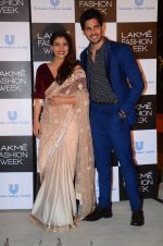 Kajol, Sidharth Malhotra at Lakme fashion week press meet on 4th Feb 2016