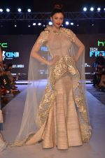 Daisy Shah at HTC SHOW in Mumbai on 5th Feb 2016