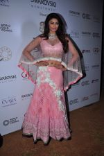 Daisy Shah at national jewellery awards on 6th Feb 2016