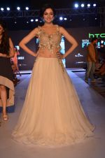 Divya Kumar at HTC SHOW in Mumbai on 5th Feb 2016
