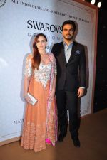 Esha Deol at national jewellery awards on 6th Feb 2016 (30)_56b73a24a7526.JPG