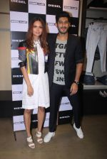 Esha Gupta, Mohit Marwah at Rohan Shrestha