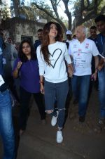Shilpa Shetty at Wadia hospital little hearts marathon on 7th Feb 2016 (25)_56b73403e2f6c.JPG