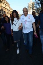 Shilpa Shetty at Wadia hospital little hearts marathon on 7th Feb 2016 (33)_56b7340aa654d.JPG