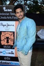 Sidharth Malhotra inaugurates Kala Ghoda festival on 6th Feb 2016 (15)_56b7344643739.JPG