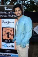 Sidharth Malhotra inaugurates Kala Ghoda festival on 6th Feb 2016 (17)_56b734482e997.JPG