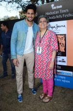 Sidharth Malhotra inaugurates Kala Ghoda festival on 6th Feb 2016 (22)_56b7344d48e19.JPG