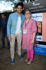 Sidharth Malhotra inaugurates Kala Ghoda festival on 6th Feb 2016 (23)_56b7344e17f94.JPG