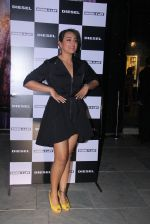 Sonakshi Sinha at Rohan Shrestha_s exhibition on 6th Feb 2016 (225)_56b738b01b1cd.JPG