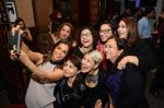 Adhuna Akhtar, Sapna Bhavnani snapped with other hair stylists on 7th Feb 2016 (21)_56b848381abe5.JPG