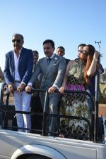 Kareena Kapoor, Saif Ali Khan at Kingfisher Ultra Derby 2016 on 7th Feb 2016 (98)_56b8544a81b4f.JPG