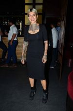 Sapna Bhavnani snapped with other hair stylists on 7th Feb 2016 (28)_56b8485a459ba.JPG
