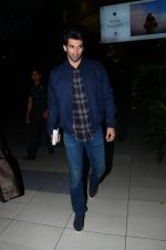 Aditya Roy Kapoor snapped in Mumbai on 8th Feb 2016