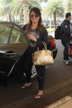 Mahima Chaudhary snapped at airport on 8th Feb 2016 (20)_56b99403dfffa.JPG