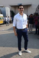 Dino Morea snapped at Mehboob on 9th Feb 2016
