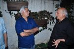 Mahesh Bhatt, Hansal Mehta at Aligargh screening in Mumbai on 9th Feb 2016 (13)_56bafa3d4e45d.JPG