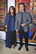 Vivek Oberoi, Priyanka Alva snapped at an art event on 9th Feb 2016 (26)_56bafc4e072ae.JPG