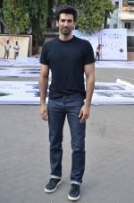 Aditya Roy Kapoor snapped at Mehboob on 10th Feb 2016 (77)_56bc4fa1de0c8.JPG