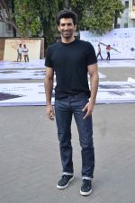 Aditya Roy Kapoor snapped at Mehboob on 10th Feb 2016 (84)_56bc4fa9b627f.JPG