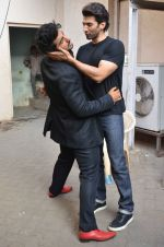 Arjun Kapoor, Aditya Roy Kapoor snapped at Mehboob on 10th Feb 2016 (78)_56bc4fbc03e1c.JPG