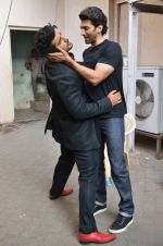 Arjun Kapoor, Aditya Roy Kapoor snapped at Mehboob on 10th Feb 2016 (80)_56bc4fbd1eb39.JPG