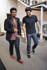 Arjun Kapoor, Aditya Roy Kapoor snapped at Mehboob on 10th Feb 2016 (86)_56bc4fc0569b9.JPG