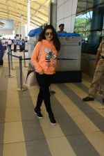 Ameesha Patel snapped at Airport on 11th Feb 2016 (33)_56bdc1d0a4d9d.JPG