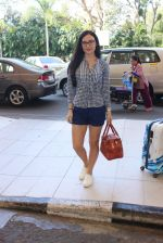 Elli Avram snapped at airport on 12th Feb 2016