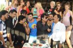 Sahil Khan launches his MUSCLE BEACH Gym in Baga Beach Goa on 12th Feb 2016 (3)_56bf4362f22a3.jpg